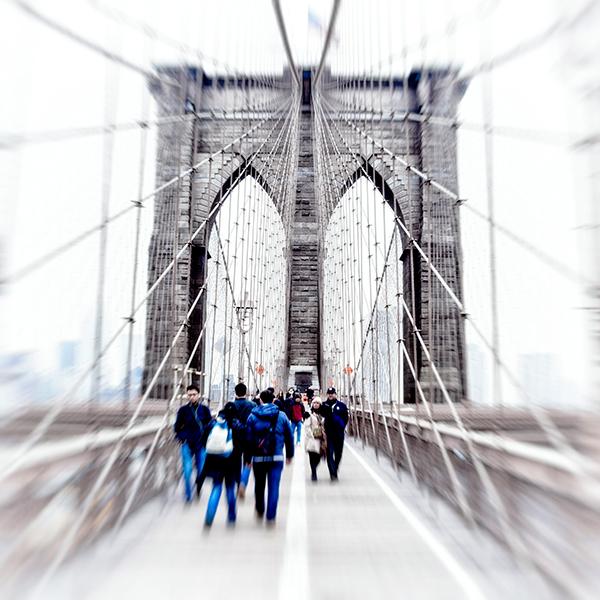 DIRK FIETZ   WALK ON THE BROOKLYN BRIDGE